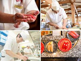 ホタテなどの貝類は店内で下処理。シメサバは一本の鯖からおろして漬込む。函館から各店に、函館産のウニや貝類などの海産物を直送。・・・「うまい」を実現するため、たとえ利益が減っても人を増やし、しっかりと手で作業をしてお客さまに提供しています。