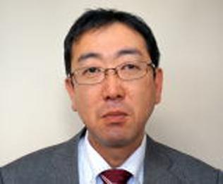 当所職員を経て、2013年に税理士試験に合格した田村税理士。張り切って仕事に取り組んでいます。