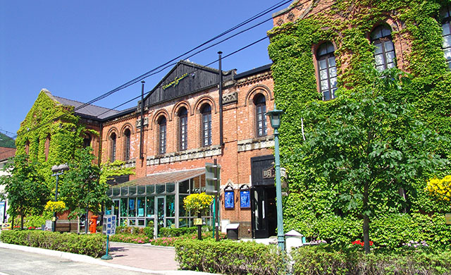 函館の歴史的な街並みに、私たちが新しい魅力を加えます